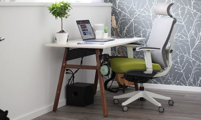 how to pick best office chair top desk furniture ergonomic chairs