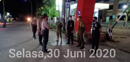 Jelang HUT Bhayangkara, Kapolsek Iptu Chamiseng Pimpin Patroli Blue Light Diwilayah Hukum Polsek Pattallassang