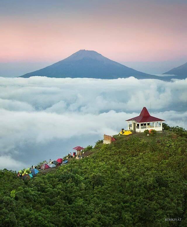 gunung andong dibuka via pendem - Foto IG roh_kyt