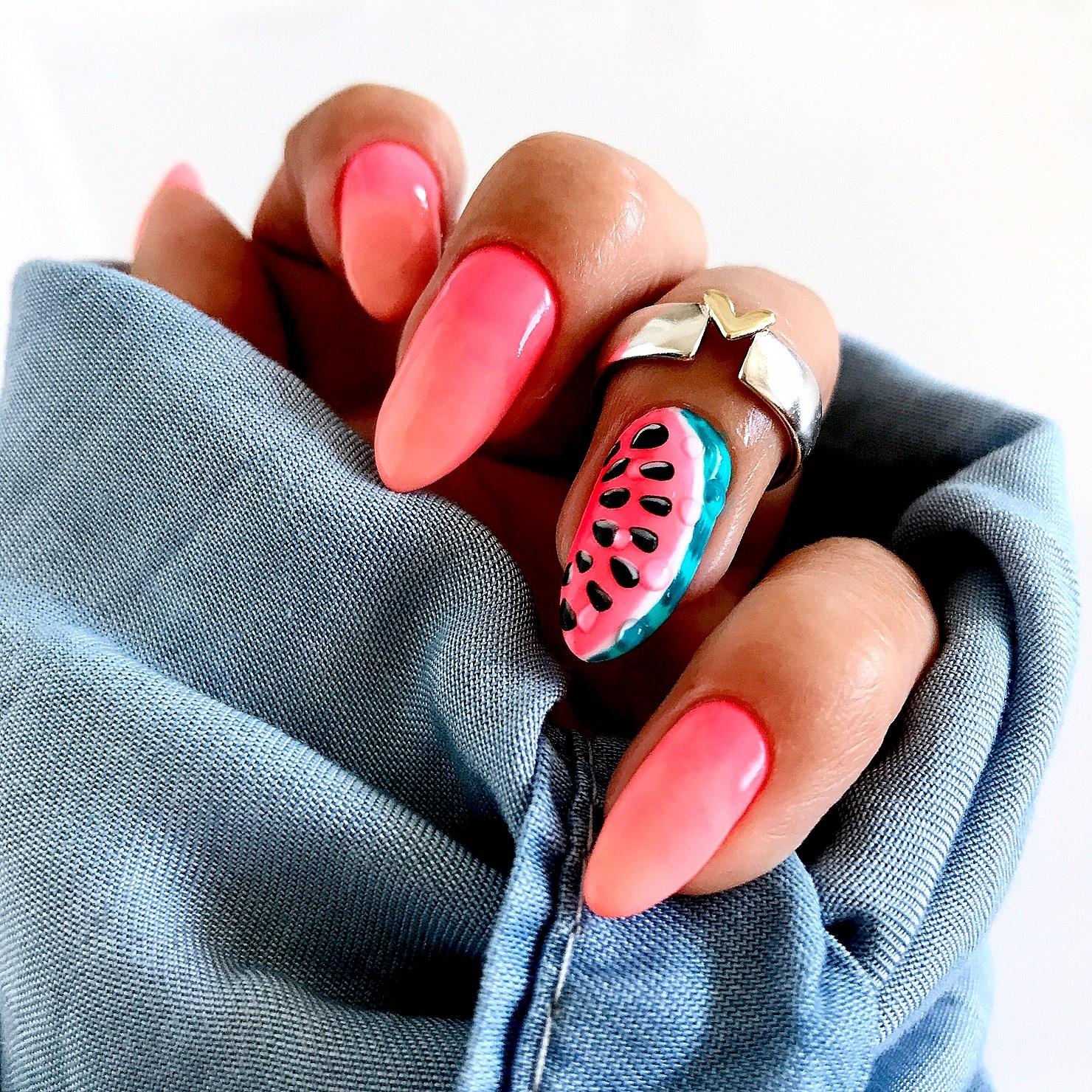 arbuzy na paznokciach