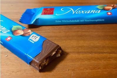 Frey フレイ スイスのチョコレート マカダミアナッツ