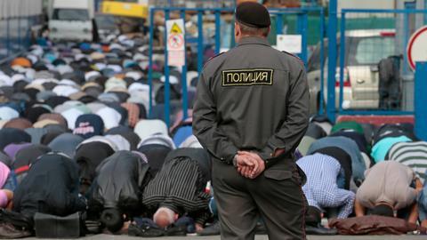 Pahit Manis Dakwah di Rusia: Tayangan Islam Dibolehkan, Pewakaf Dipenjara