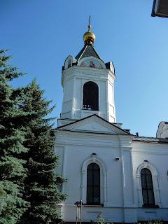 Микільське. Свято-Успенський Миколо-Василівський монастир. Церква св. Василія Великого