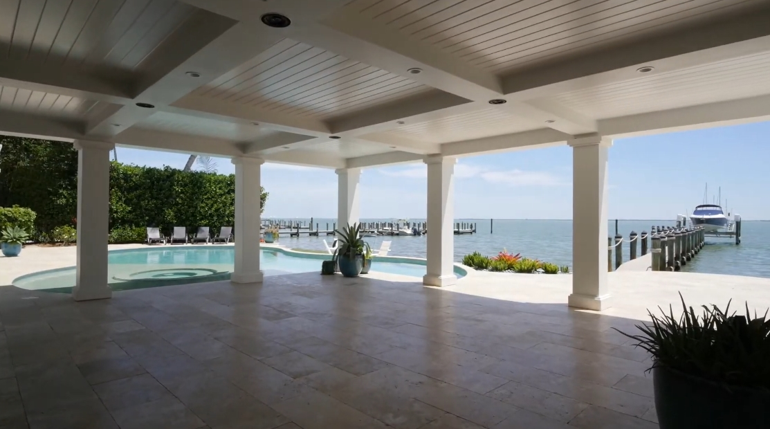 Interior Design vs. Tour Captiva Island, FL Luxury Waterfront Home