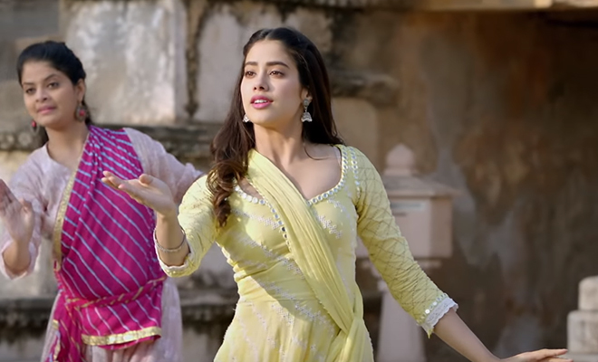 janhvi-kapoor-performed-a-tremendous-Kathak-dance-on-the-song-of-madhuri