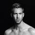ALERTA NUDES -  Vazou neste domingão, (supostas) fotos de Calvin Harris pelado.