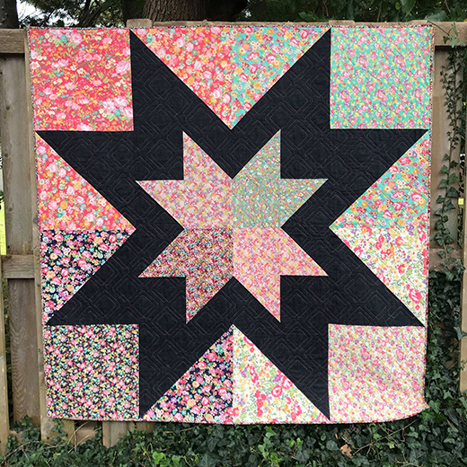 Regent Street Lawns Star Quilt designed by Red Rooster Quilts, The Tutorial by Kristina Brinkerhoff of Center Street Quilts for Modabakeshop