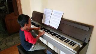 Private Piano Klasik Pemula (dari Nol)