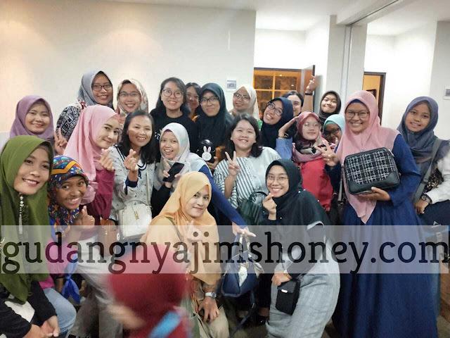 Evaluasi 2019 dan Business Plan 2020 Best Hotel Surabaya with Jims Honey Owner, Hanny Zeng