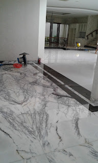 Poles Lantai Marmer Teraso Granit.  www.restupolesmarmer.com