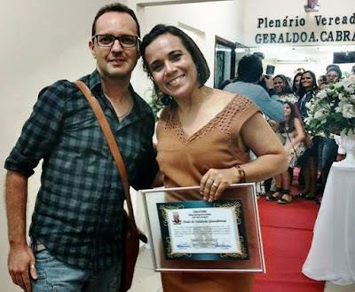 O editor do blog com a jornalista Silvia Torres