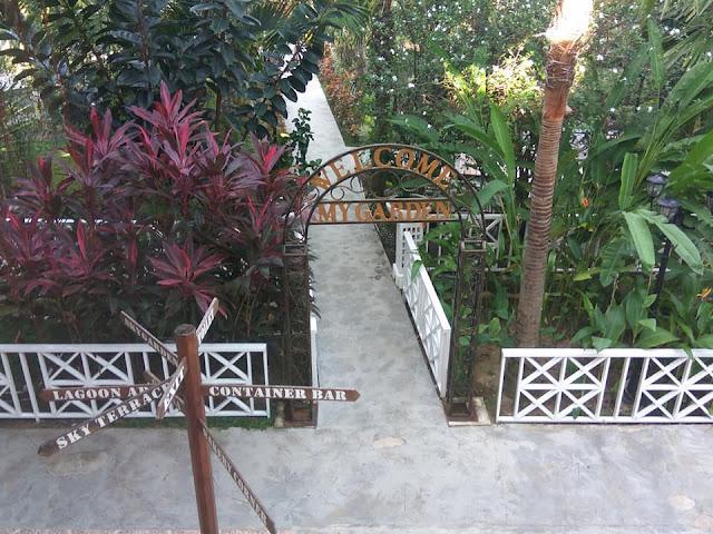 My Garden Cafe & Restaurant Batam