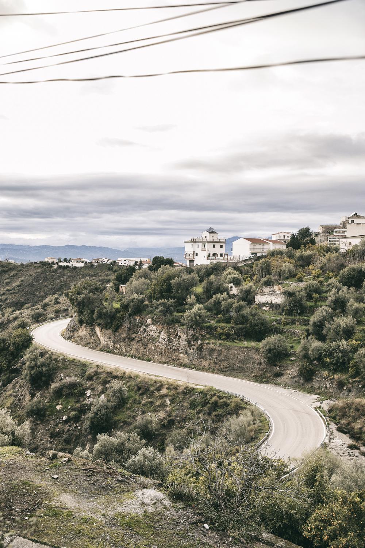 Canillas de Aceituno, Andalucia, Spain, pueblo, blanca, whitevillage, espanjan valkoiset kylät, valkoinen kylä, valokuvaaja, photographer, Frida Steiner, Visualaddict, visualaddictfrida, mountain village, road