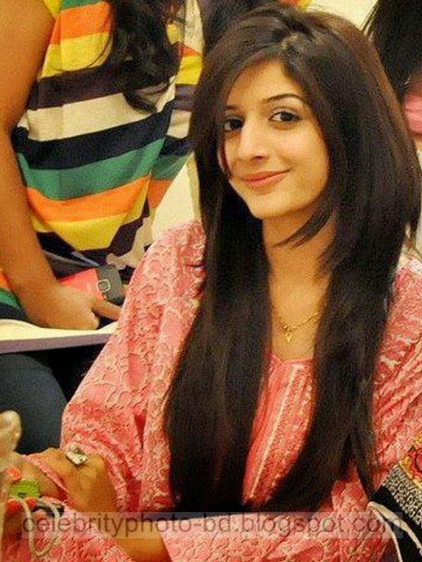 Smart Pakistani Islamabad Lahore Karachi Beautiful Hot Girls New Photos Gallery