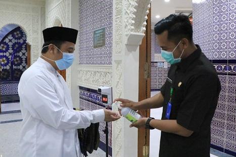 Tarawih Pertama, Arief Ingatkan Protokol Kesehatan Selama Ramadhan