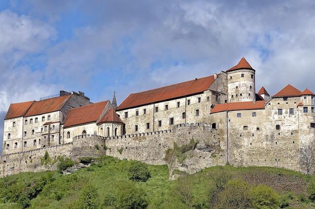 Крепость Бургхаузен