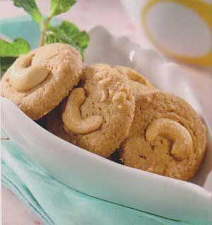 Resep Kue Coklat Putih Kacang Mete Renyah