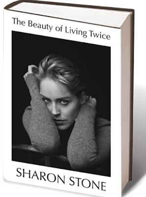 """شارون ستون.. تؤرخ فى كتابها """"جمال أن تعيش مرتين"""""""
