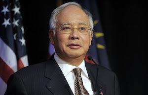 Najib gagal teruskan saman tanpa perbiacaraan penuh
