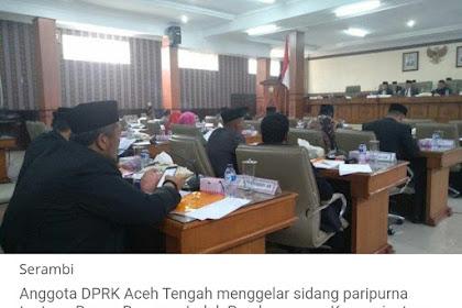 DPRK Aceh Tengah P'iep Rukok Lam Ruang Sidang, Warga: Hana Etika