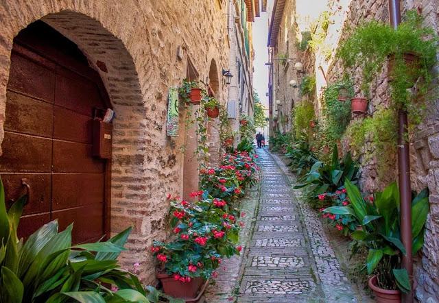 18. Umbria Regions of Italy