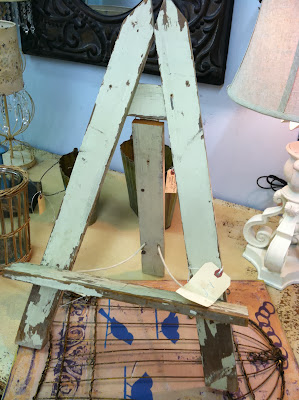 Reclaimed Wood Easel | The Lowcountry Lady