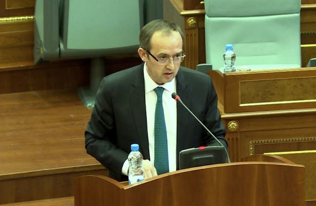 Kosovo's Deputy Prime Minister Avdullah Hoti says the tax on Serbian goods should be completely abolished today