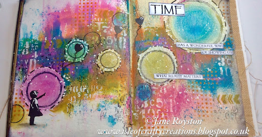 Circles of Hope Art Journal Pages for Bee Crafty