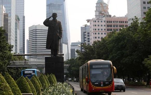 Patung Jenderal Sudirman Rencananya Bakal Dipasangi Masker