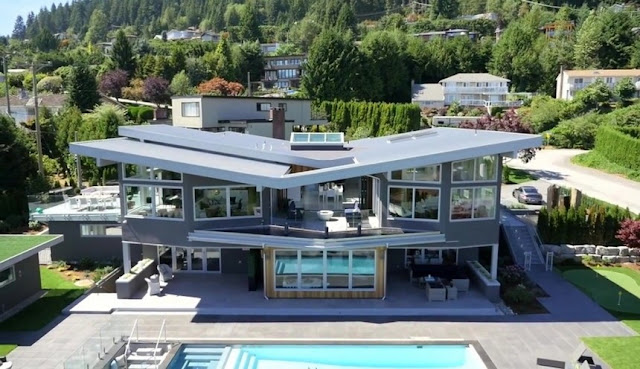 Casa em Greenwood Road, Vancouver