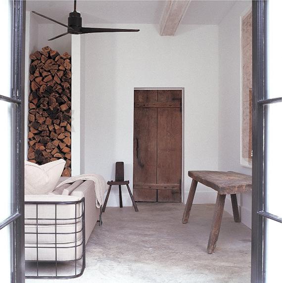 Contemporary rustic minimalism |Image via Darryl Carter