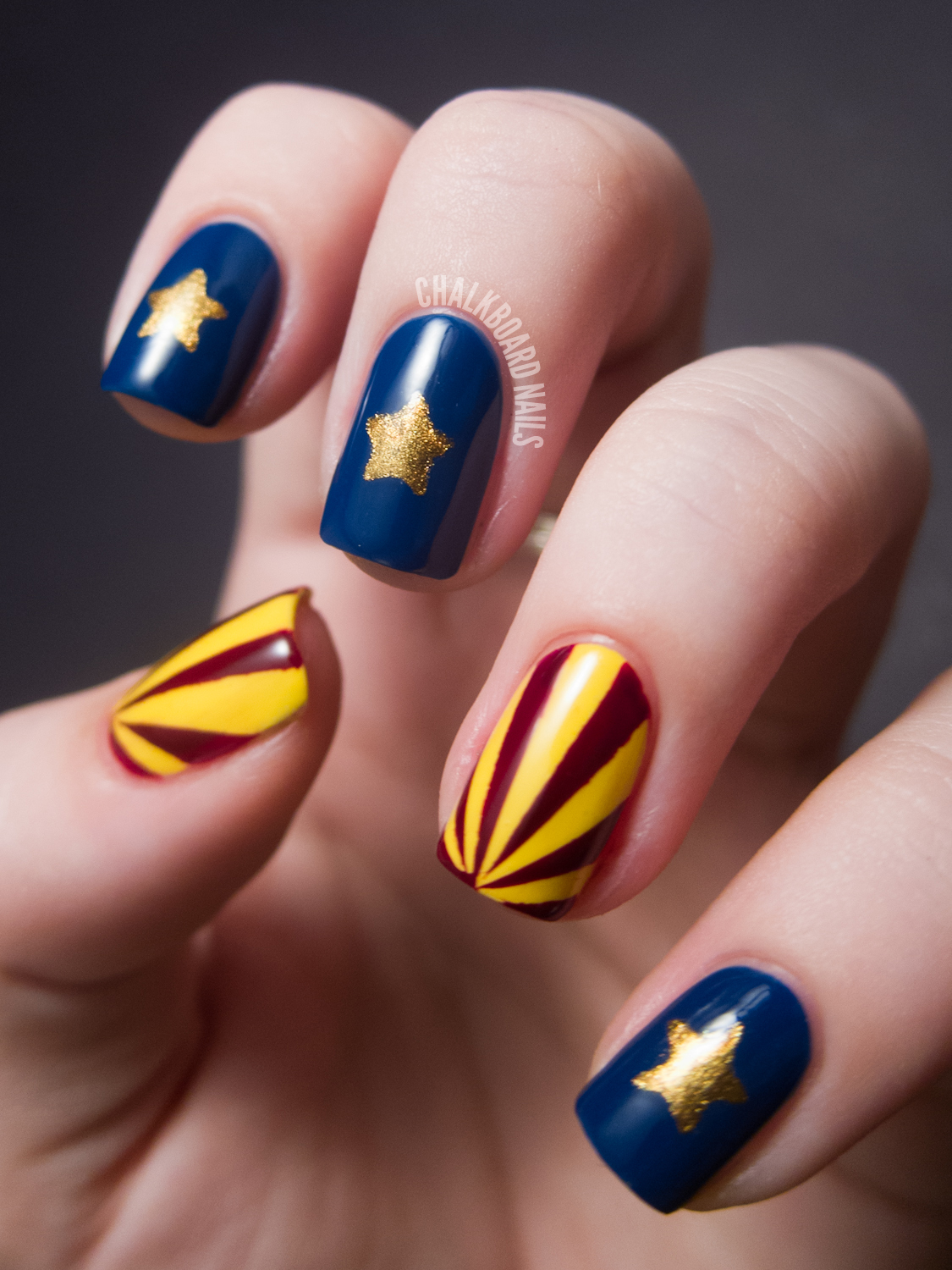 31dc2012 Day 10 Gradient Nails: 31DC2012: Day 28, Inspired By A Flag