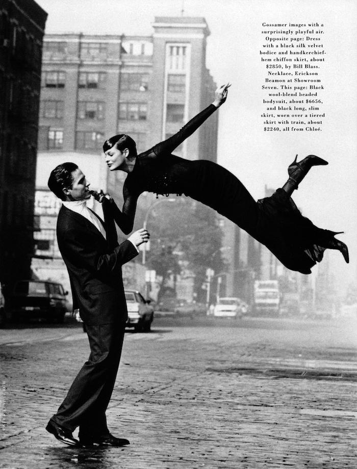 Peter Lindbergh, Peter Lindbergh Harper's Bazaar, Harper's Bazaar Sheer Nights, Linda Evangelista and Hugh Grant Harper's Bazaar, Harper's Bazaar 1992, Hugh Grant and Linda Evangelista