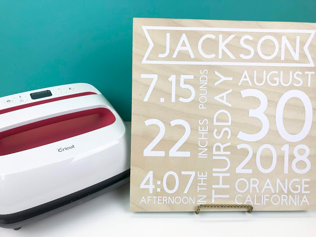 Check out this list of 25 Personalized Gifts you can make with your Cricut!