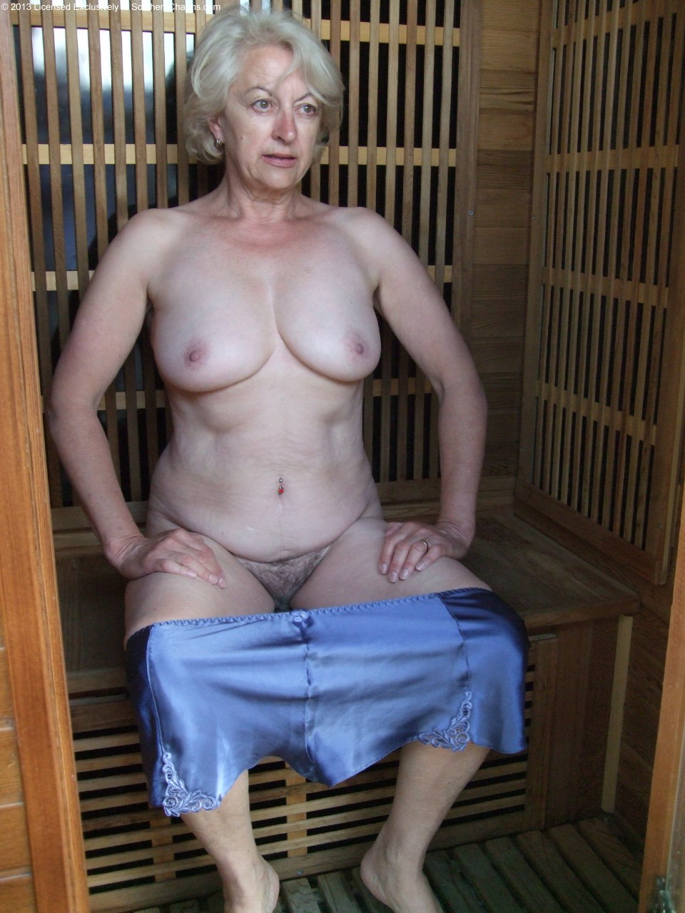 Nude pictures of stephanie szostak-5375