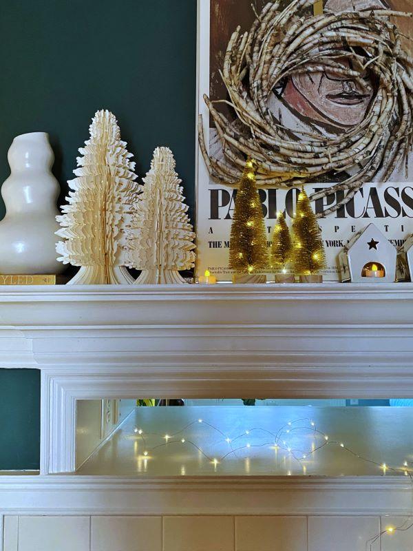 Christmas Decor on Mantel