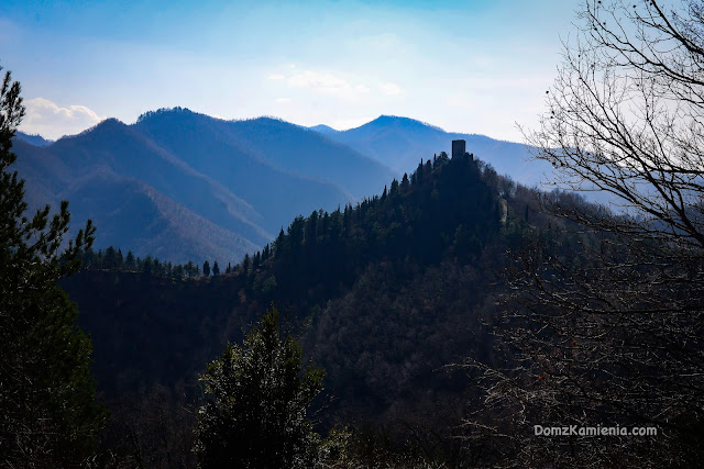 Castellone, Biforco, Marradi, Dom z Kamienia blog