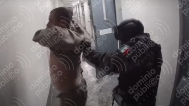 Video: Difunden grabación de El Chapo Guzmán siendo obligado por custodios de El Altiplano a bajarse los pantalones y hacer sentadillas