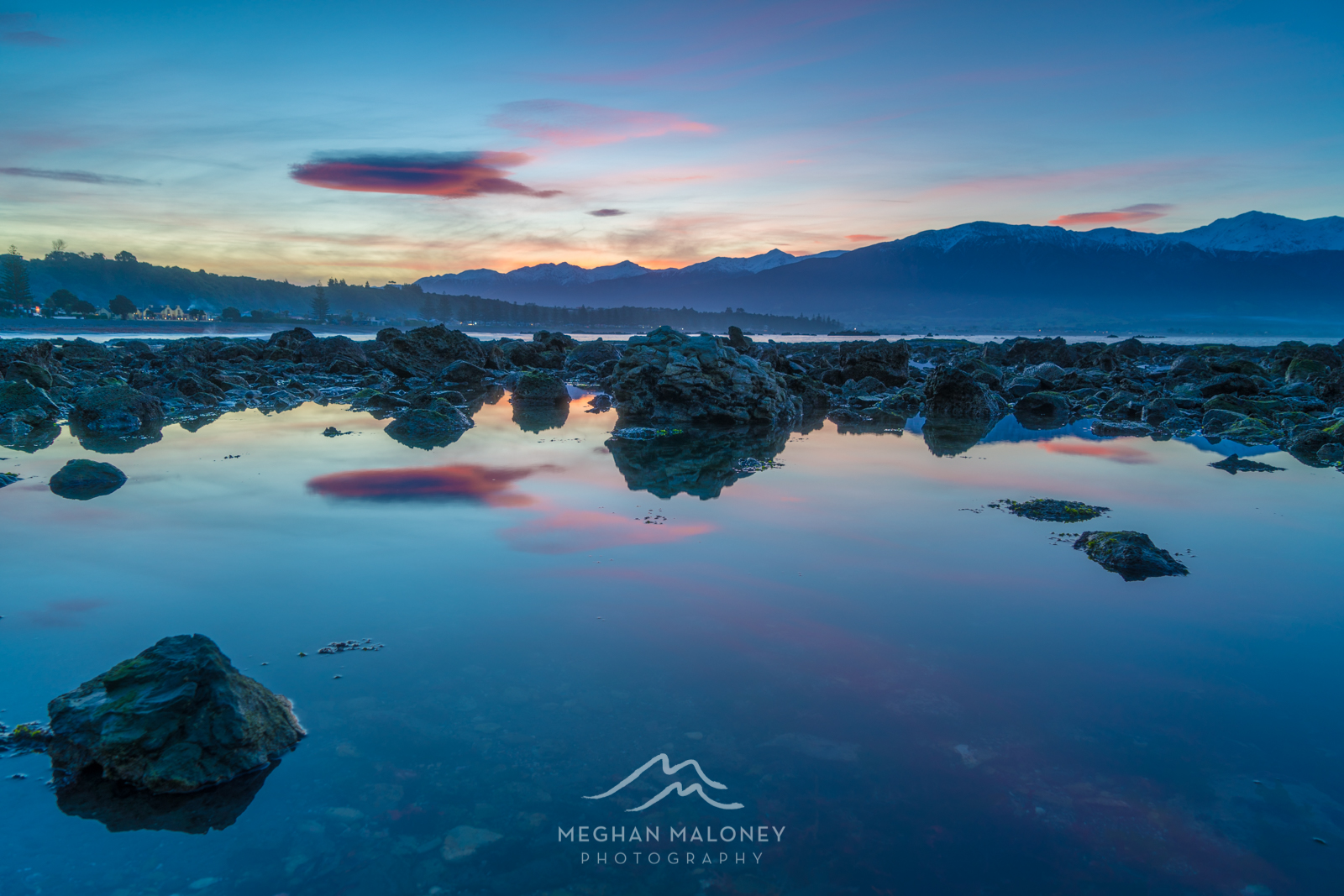 kaikoura rock pool reflections