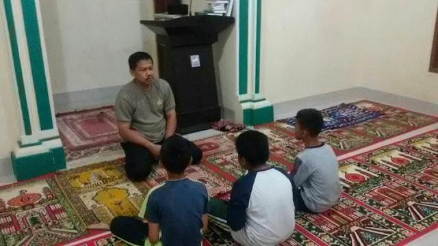 Lagi Asyik Menikmati Lem, Tiga Pelajar di Ciduk Aparat