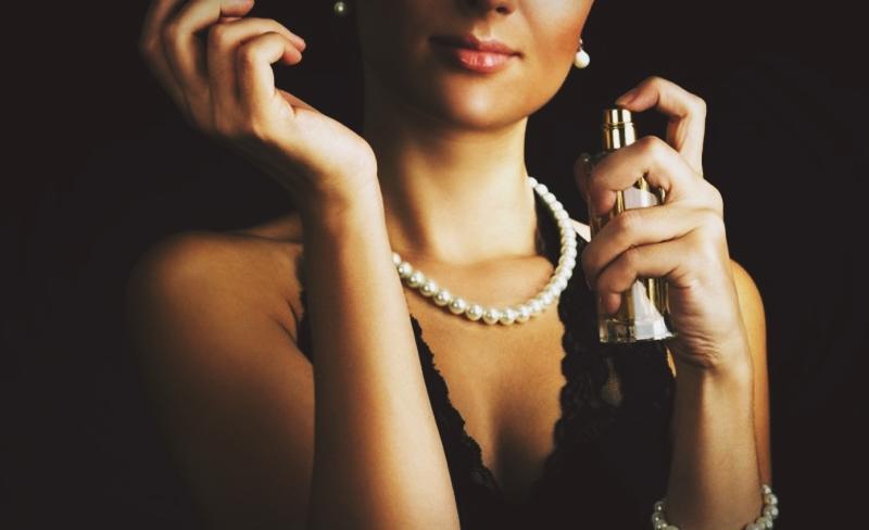 Parfümün karşı konulmaz büyüsü
