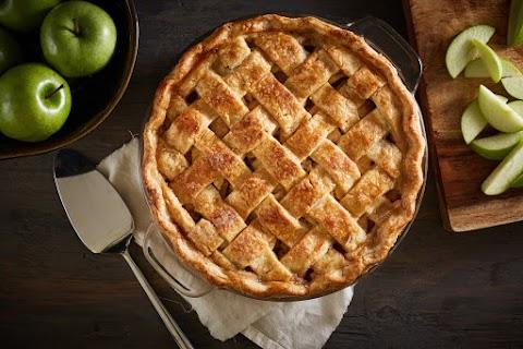 Ötfűszeres, rácsos almás pite: a tészta omlós, a töltelék pedig isteni