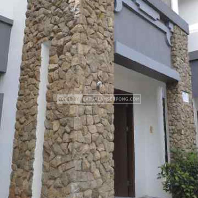 pilar batu alam