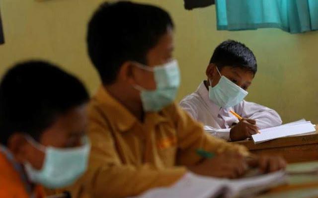 Daerah yang Belum Masuk Zona Hijau Sekolah Dilarang Dibuka