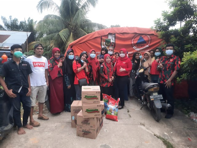 Kunjungi Korban Banjir , Duta Wisata BKSS Serahkan Bantuan    dutametro