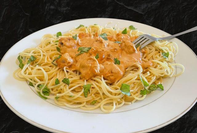 Spaghetti Au Poulet  Sauce  Paprika