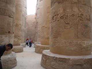 Descomunales columnas de Karnak