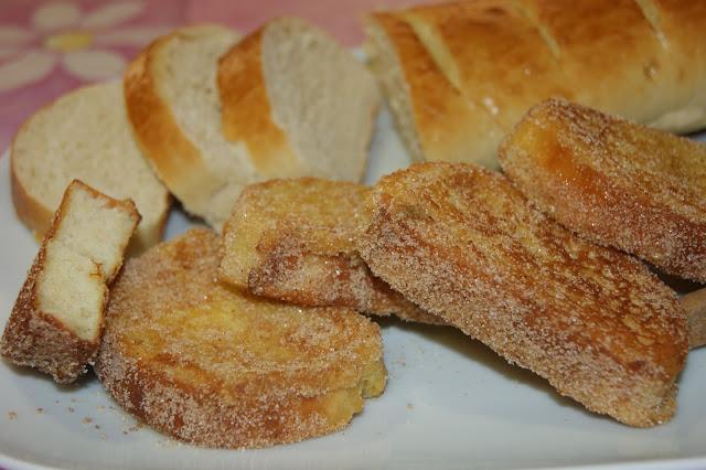 http://atrapadaenmicocina.blogspot.com.es/2011/04/pan-de-torrijas-y-torrijas.html