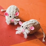 Tin-Can Knitting Mouse