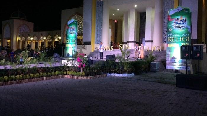 Para Santri Berkreasi dalam Pentas Seni Religi BBLS 2016